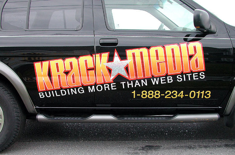 Krack-Media-vehicle-lettering