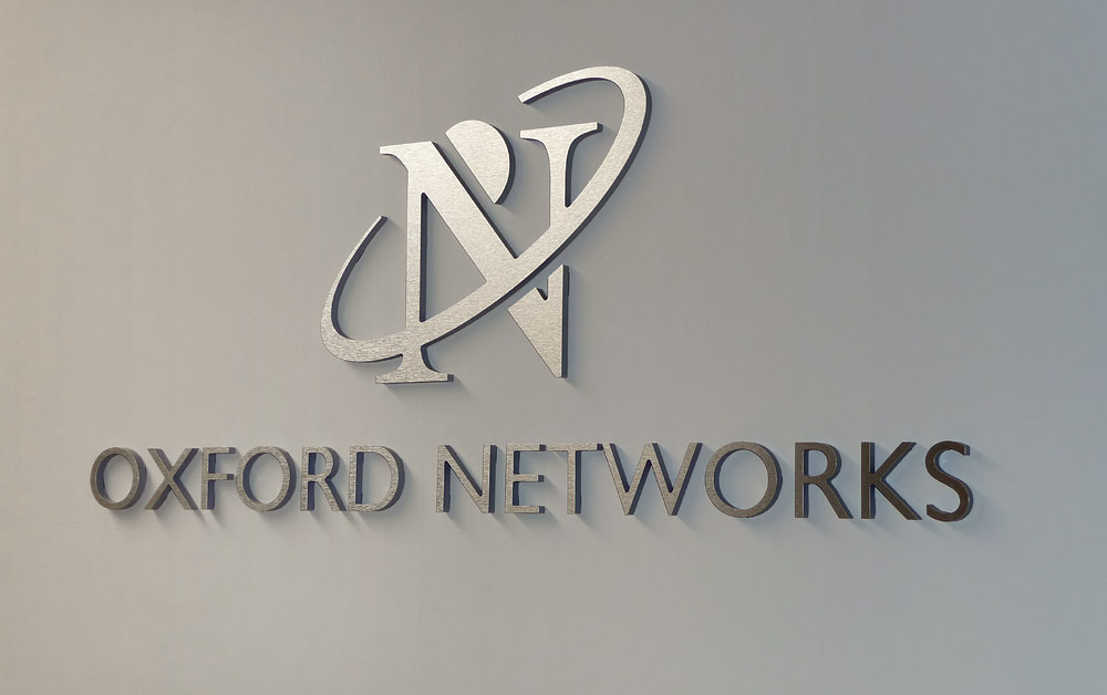 oxford networks metal letters